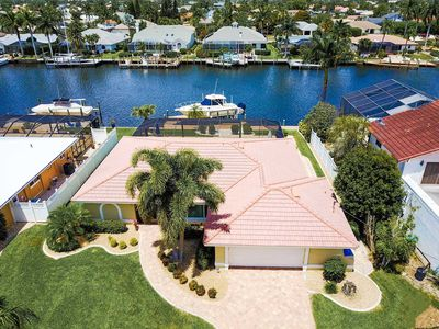 Photo for SWFL Rentals - Villa Sunflower - Sailboat Access Pool home