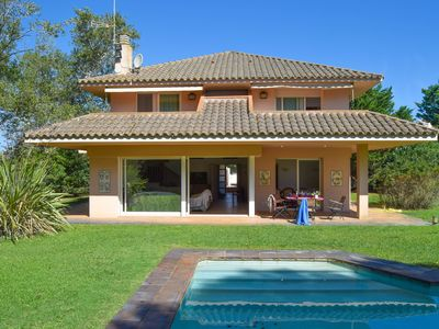 Photo for Villa 100 meters from the sea, in the Platja de Pals Golf Club. A/C