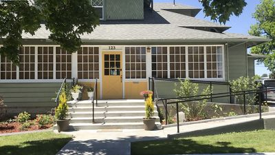 Photo for Charming 1903 Home In Historic Downtown Nampa, Sleeps 10+