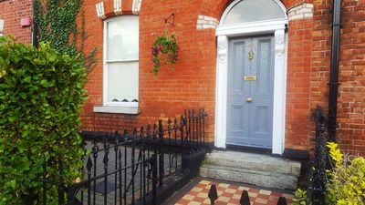 Photo for 3 Bedroom Victorian Townhouse beside City Centre