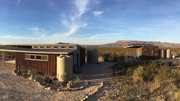 NEW!!!!  Javelina Hideout - Eco-friendly, Off-grid Desert Dream Home