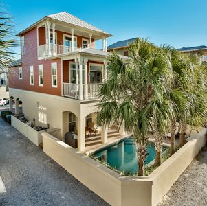 Photo for 100 Steps From The Beach! Private Pool! Gulf Views!