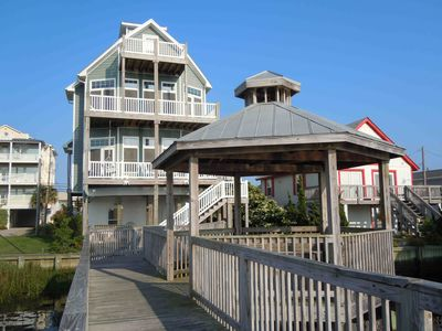 Private waterfront home with elevator boat vrbo for House plans with elevators waterfront
