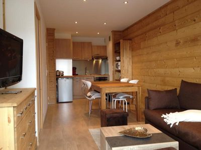 Photo for Apartment L'ALPE-D'HUEZ, 2 bedrooms, 6 persons