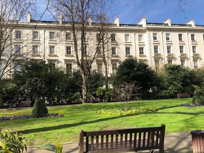 Photo for Peaceful 2 bed garden apartment in Bayswater