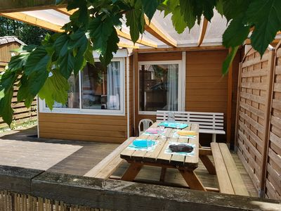 Photo for Chalet 20m2 in holiday village with peaceful pool in Arcachon