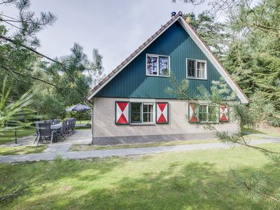 Photo for Luxury 12-person bungalow - Extra accessible in the holiday park Landal Coldenhove - in the woods/woodland setting