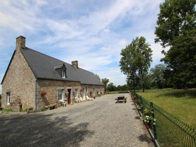 Photo for Gite Villedieu-les-Poêles, 3 bedrooms, 8 persons