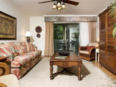 Photo for Colonnade Club 207: 2 BR / 2 BA villa in Hilton Head Island, Sleeps 4