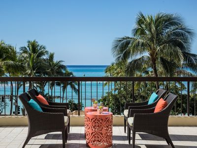 Deluxe Ocean View Suite w/ Private Lanai, Washer / Dryer & Easy Walk to Beach