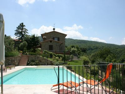 Photo for Private Villa with WIFI, private pool, TV, terrace, pets allowed, parking, close to Cortona