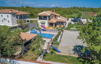 Photo for 5 bedroom accommodation in Rezanci