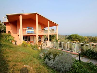 Photo for Wonderful private villa with WIFI, A/C, private pool, TV, washing machine, pets allowed and parki...