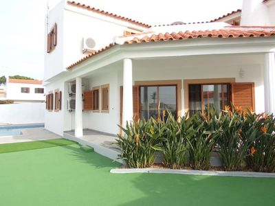 Photo for 4BR House Vacation Rental in Albufeira, Faro