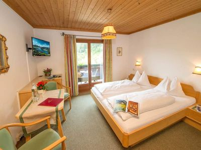 Photo for Double room valley view - Margarete, guesthouse