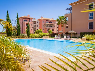 Photo for 2 BEDROOM APARTMENT FOR HOLIDAYS IN VILAMOURA