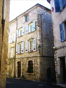 Photo for Heart of Charming Town, 30min to Beach or to Gorge De Verdon