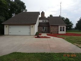 Photo for 4BR House Vacation Rental in Delaware Township, Indiana