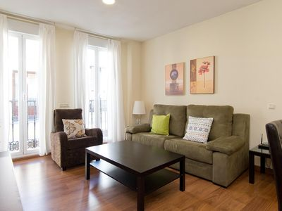 Photo for Jardines 3A apartment in Sol with WiFi, integrated air conditioning, balcony & lift.