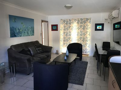 Swell villa 3 Is centrally located, an ideal couples retreat and pet friendly!