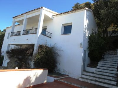 Photo for PIT. Nice house with view to the Roses bay at 1.200m from the beach with garage.