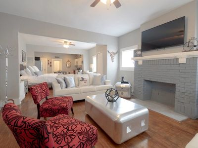 Photo for BEST Location ★ Laurel Coral ★ Sleeps 5 ★ Studio!