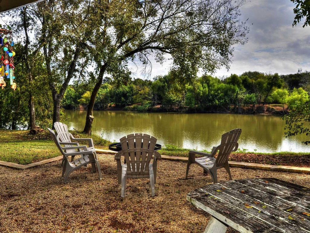 Waco Vacation Rentals Brazos River Cabin 10 Minutes To Magnolia And  Downtown Waco