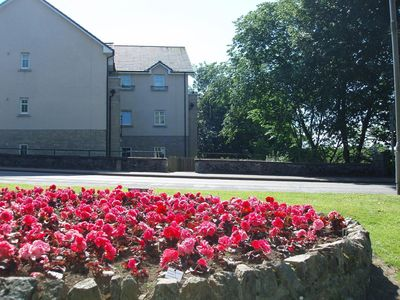Photo for Modern 2 bed, 2 bath apartment by river ythan in Ellon centre