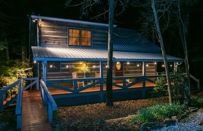 Photo for Holly Branch Hideaway - Cozy log home close to everything in the N GA Mountians
