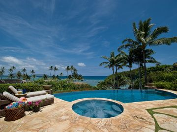 Spectacular View - Luxury Living on a Private Beach Cove