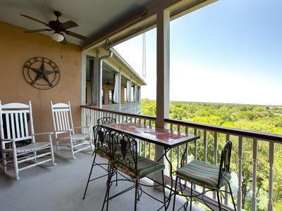 Photo for Brand New Listing! 3/2 Condo in Historic Gruene, TX