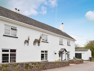 Photo for 4 bedroom accommodation in Daccombe, near Torquay