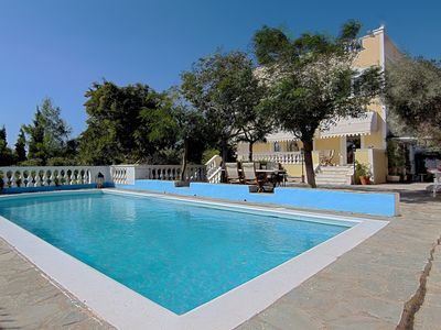 Photo for Family Villa, close to the beaches, SPA Hotel, Athens and Archeological sites