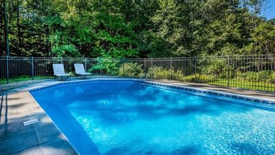 Modern Tranquility Pool Privacy Near New Vrbo
