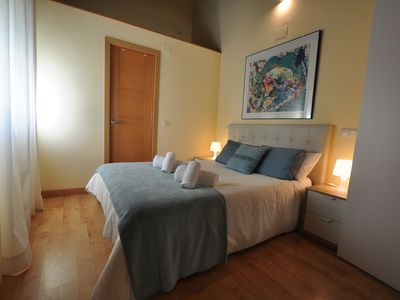 Photo for Perfect Location 4pax, City Center, Free Wifi
