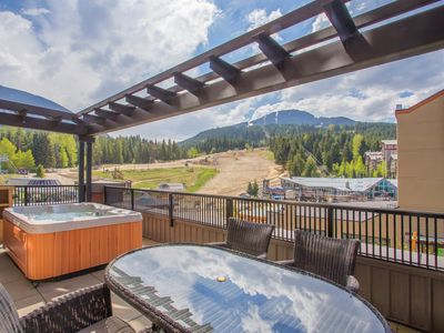 Photo for PRIVATE Hot Tub! Ski-in/Ski-out Location! Fireplace + Outdoor Pool