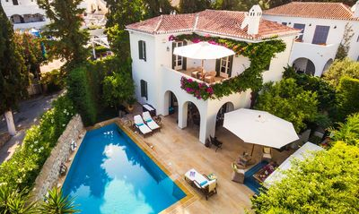 Photo for Dream Villa with pool in Spetses island!