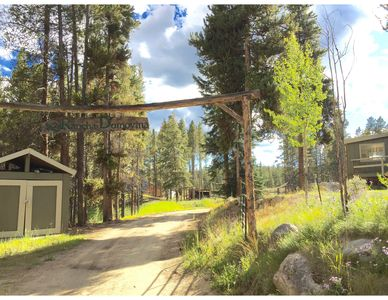 Photo for Large home/ranch at 10,300 feet - Access