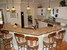 Wide Kitchen Bar - Perfect for Families and Entertaining!