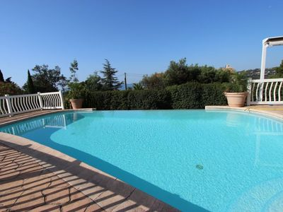 Photo for crickets - appartment 6/8 persons + appart 4 persons + swimming pool