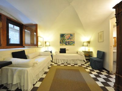 Photo for Nice Apartment a few step away from Pontevecchio