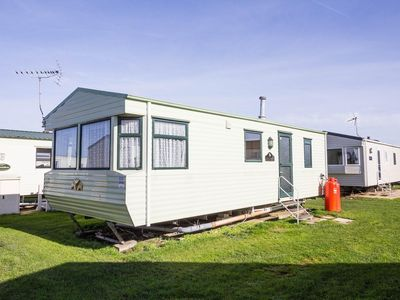 Photo for Caravan for hire minutes from  a stunning beach in Norfolk ref 21036