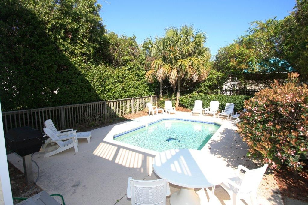 Sunday cottage private pool now allowing 3 night stays - Florida condo swimming pool rules ...