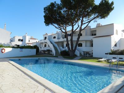 Photo for Ferias Albufeira / Algarve Excellent T1 with 2 Pools and near the Beach