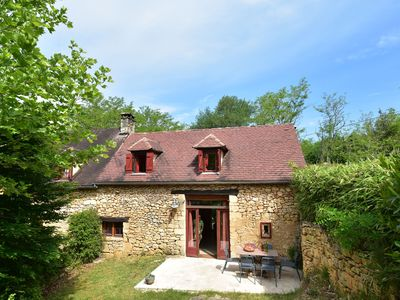 Photo for Beautiful house on estate in the peace of nature of Saint-Cirq-Madelon (3 km)