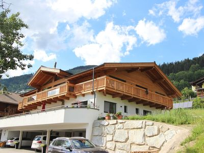 Photo for Spacious apartment in sunny Piesendorf, near Kaprun