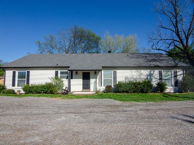 Photo for *Brand New* Easy 1 mile walk to Downtown Franklin ! (Super Host)