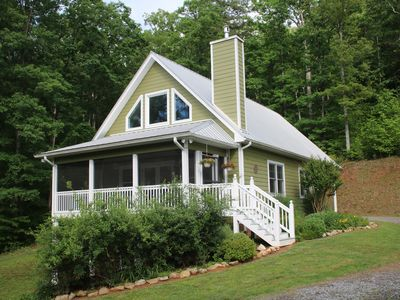 Photo for Charlotte's Cottage: 5 Minutes from Downtown Murphy