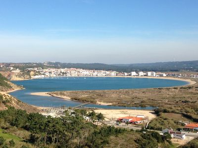 Photo for Modern, new villa at Salir do Porto bay. Only 1 hour away from Lisbon!