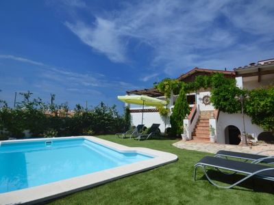 Photo for Begur Villa, Sleeps 8 with Pool and Air Con